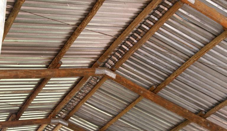 Varas para Telhados